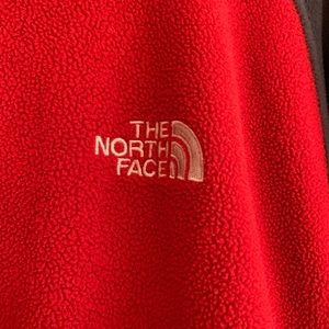 The North Face Jackets & Coats - Men's The North Face dual color fleece jacket, LG